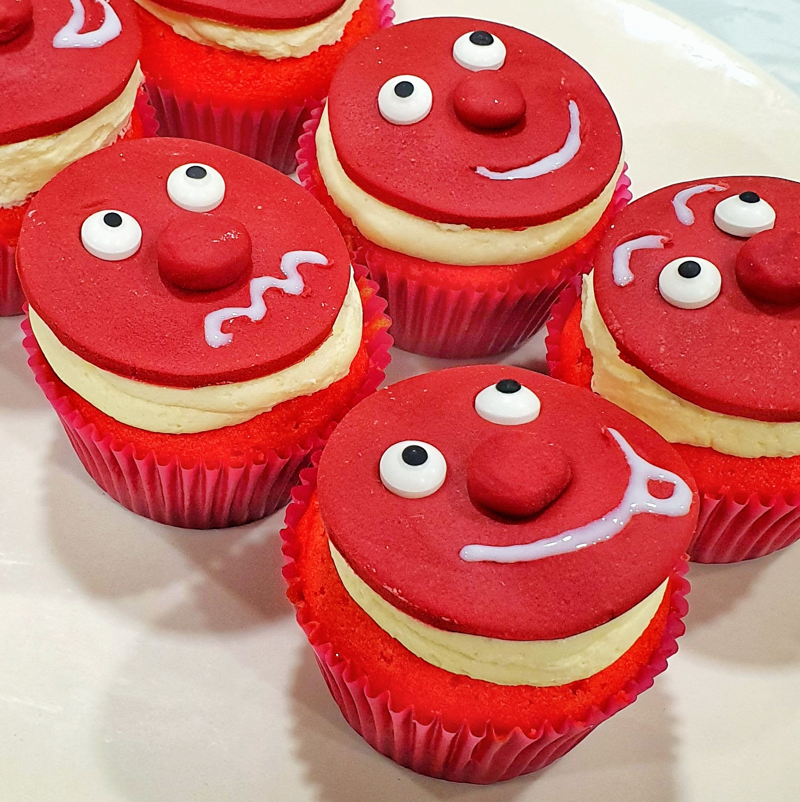 red+nose+day+cupcakes